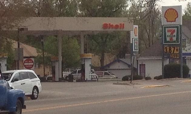 Shell Gas Station on Main Street, Windsor