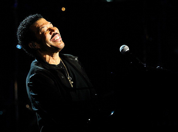 Singersongwriter Lionel Richie performs during Lionel Richie and Friends in Concert